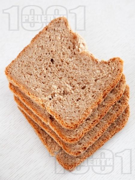 Домашен хляб с трици за хлебопекарна - снимка на рецептата